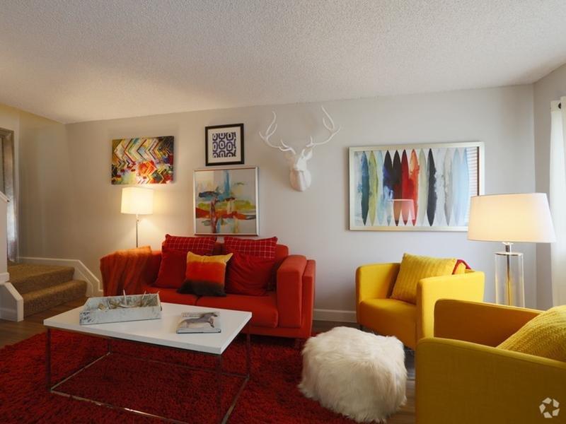 Front Room   Sunset Ridge Apartments