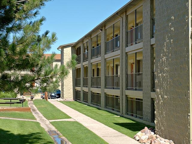 Exterior - Sienna Place - Colorado Springs