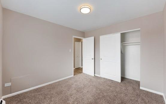 Room | Asbury Plaza
