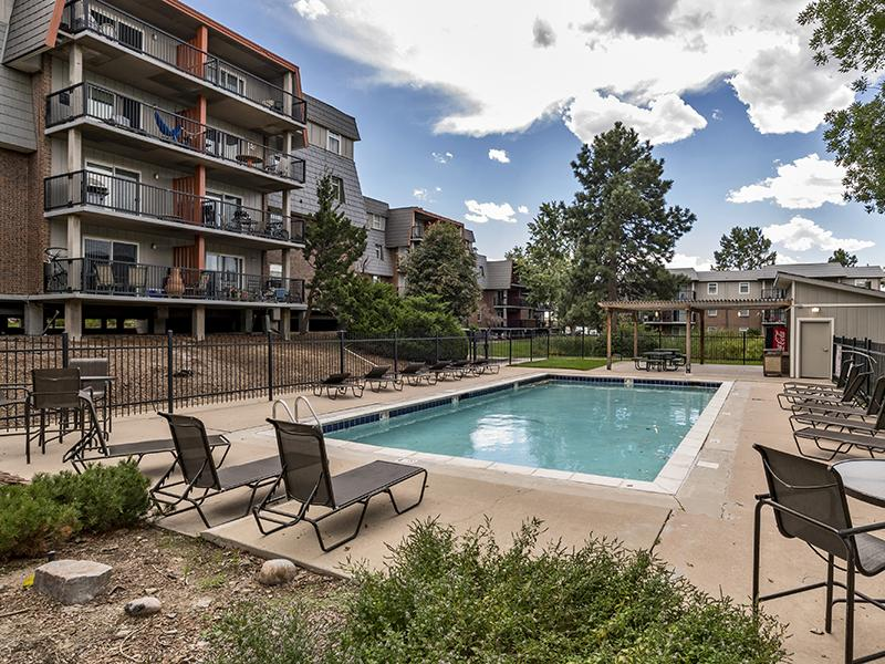 Outdoor Community Swimming Pool | Cedar Run Apartments
