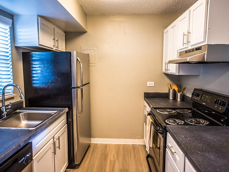 New Stainless Steel Appliances | Cedar Run Apartments