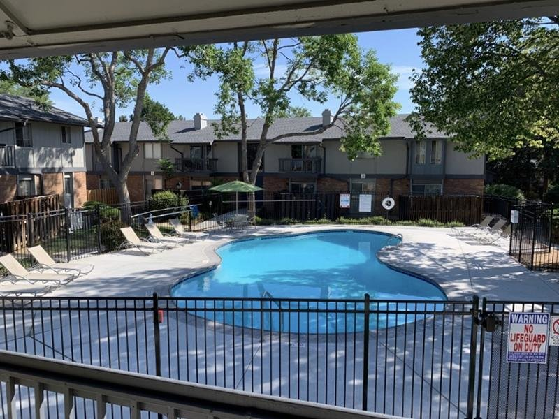 Pool | Forest Cove Apartments