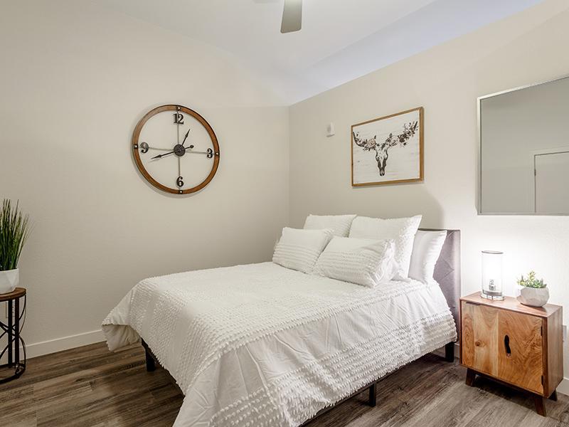 Bedroom | 1600 Hoyt