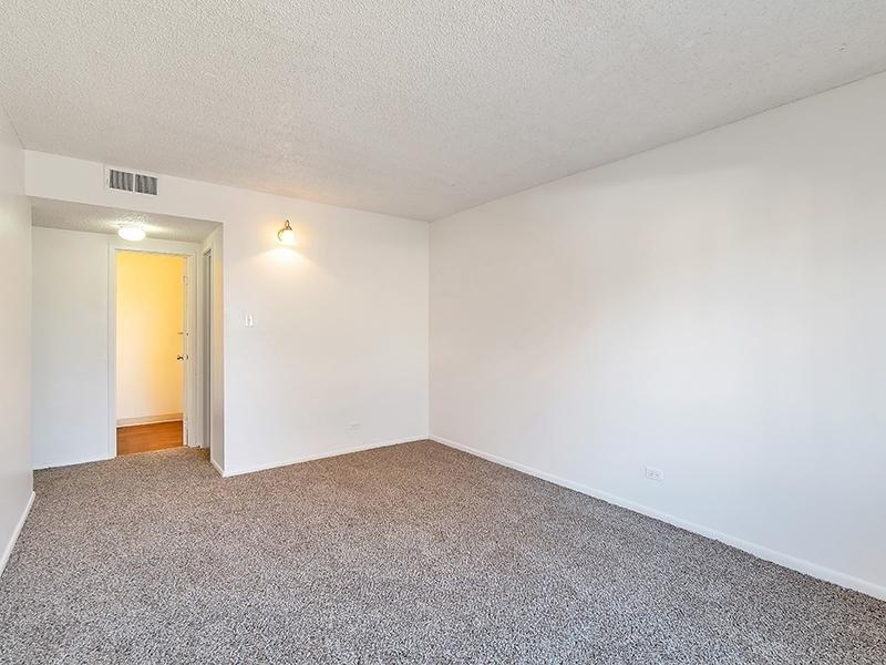 Room | Falcon Run Apartments