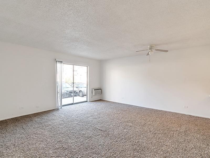 Living Room | Falcon Run Apartments
