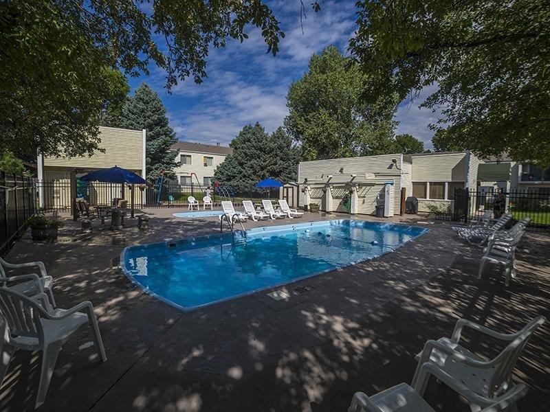 Swimming Pool | Falcon Run Apartments