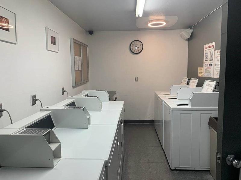 Laundry | Los Feliz