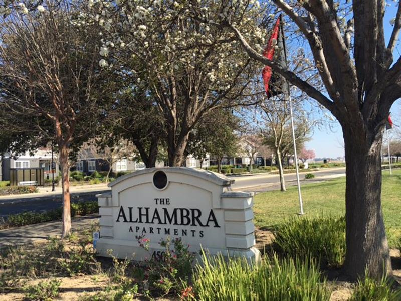 Welcome Sign | Alhambra at Mace Ranch