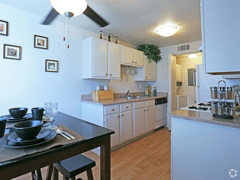Furnished Dining Area - Apartments - Las Vegas NV