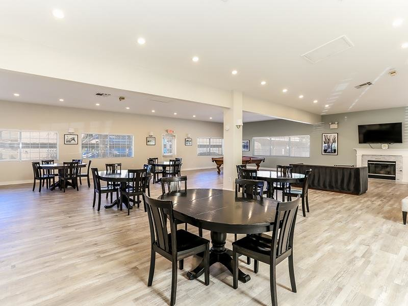 Clubhouse Interior | Somerset Commons