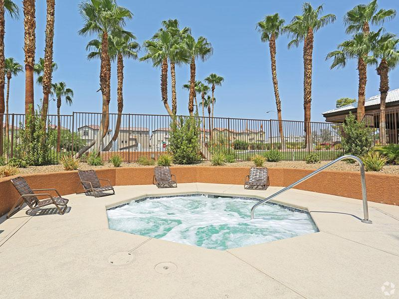 Hot Tub | Desert Ridge Apartments