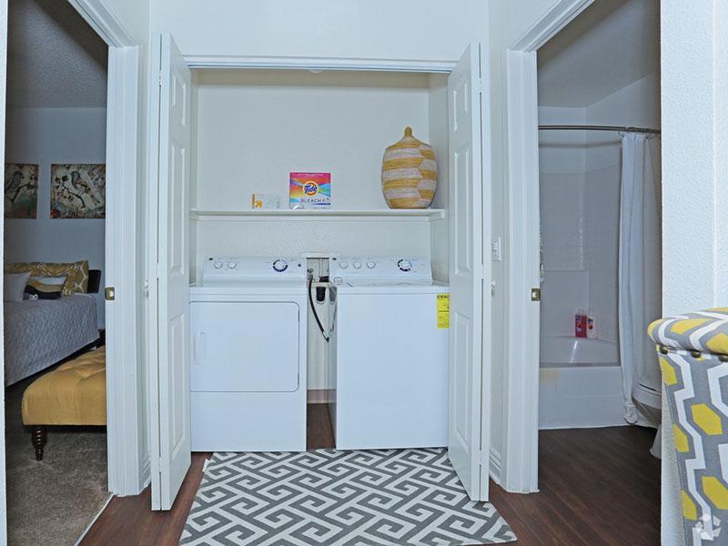 Washer & Dryer  | Desert Ridge Apartments