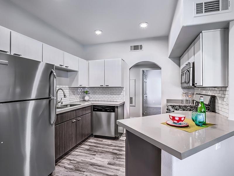 Kitchen | The Avondale Apartments in Las Vegas