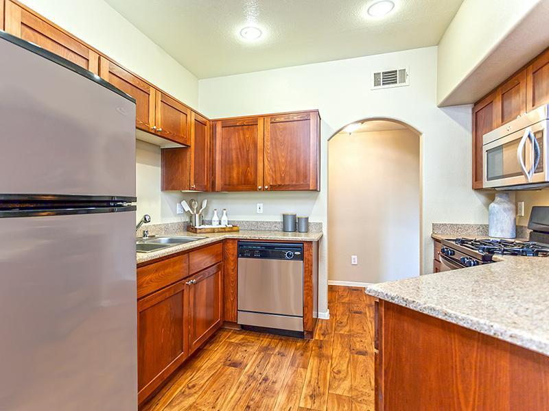Kitchen | The Avondale Apartments