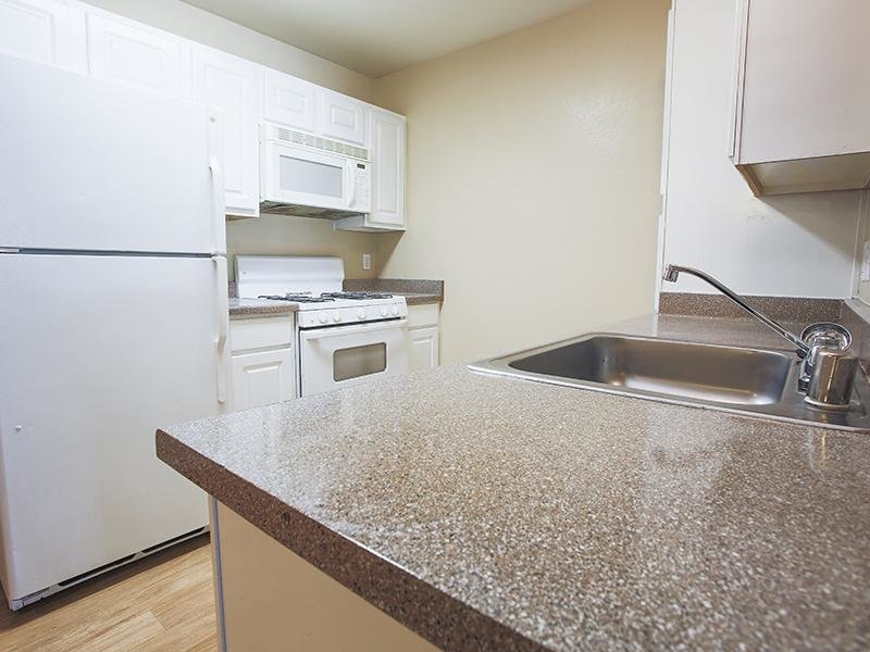 Kitchen | Silver Creek Apartments