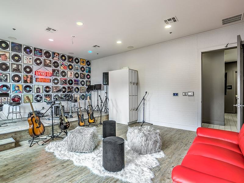 Apartments in Las Vegas with a Music Room