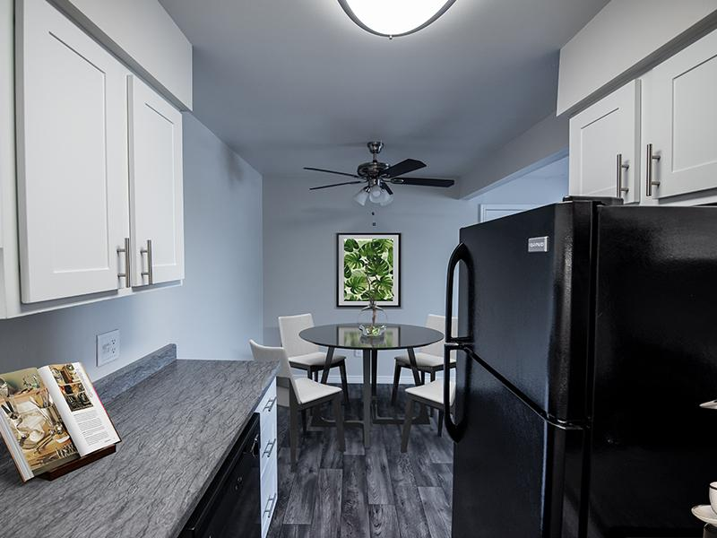 Decorated Model Kitchen | Holladay on Ninth Salt Lake City Apartments