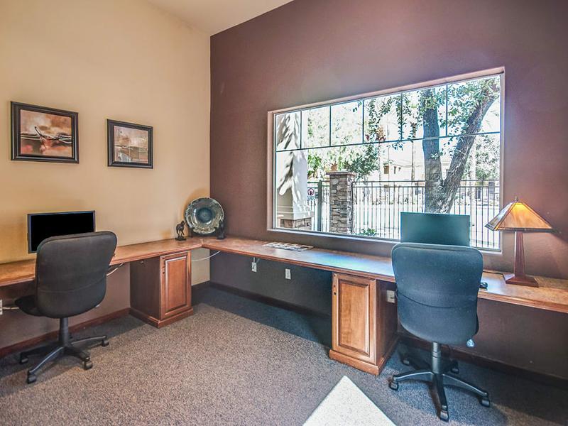 Business Center  | Remington Ranch