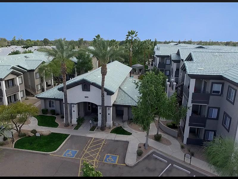 Exterior | Lindsay Palms Apartments