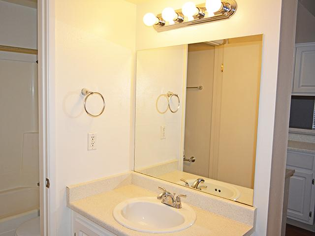 Bella Solano Apartments in Phoenix, AZ