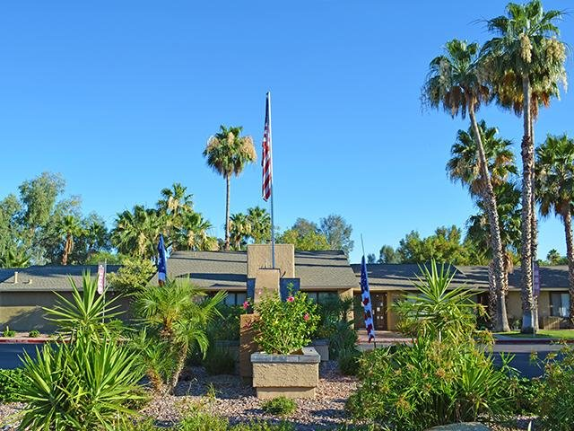 Falcon Glen Apartments in Mesa, AZ