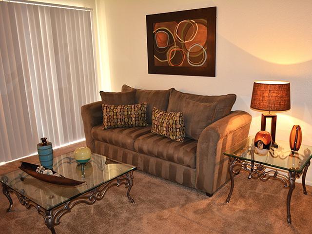 Living Room   Garden Place