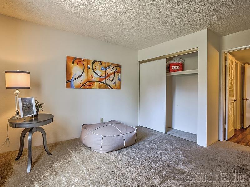 Bedroom | 3 Bedroom Apartments in Phoenix, AZ