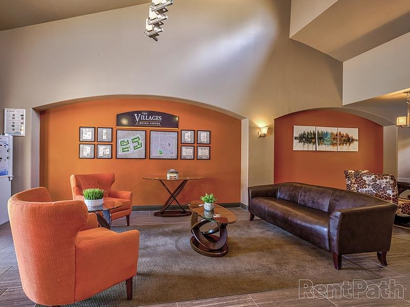 Club House Lounge | Villages at Metro Center