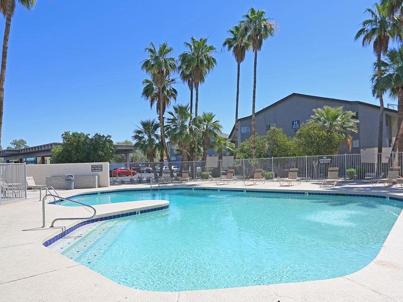 Pool | Fiesta Park Apartments in Mesa, AZ
