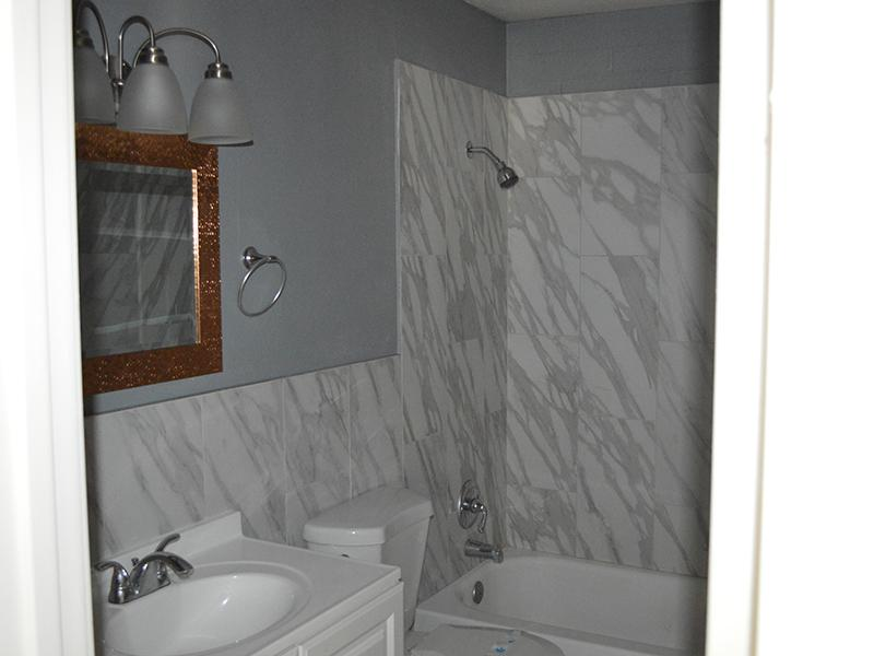Bathroom | Parkview on 5th Apartments