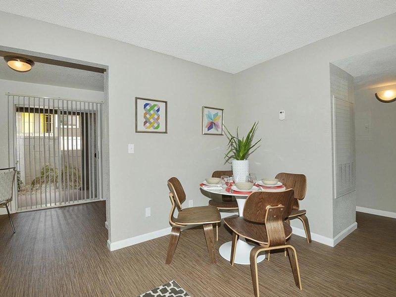 Interior | Seventeen 805 an Apartment Community