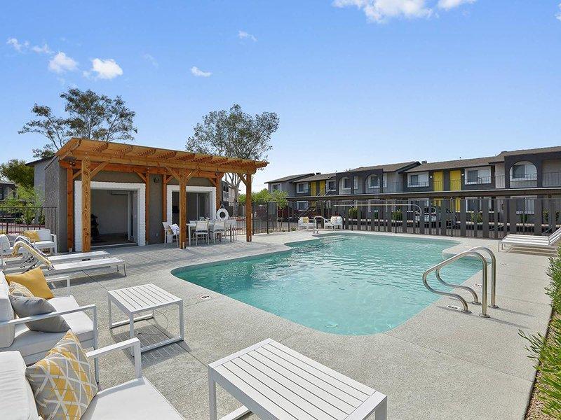 Pool | Seventeen 805 an Apartment Community