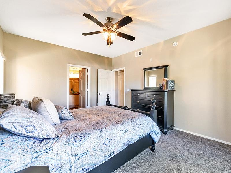 Bedroom | Town Center Apartments