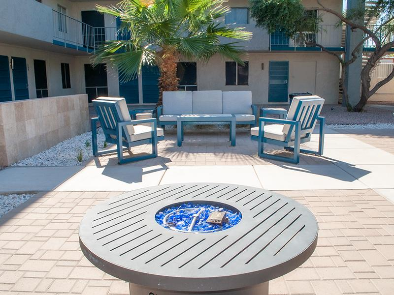 Patio | Avalon Apartments