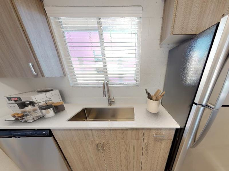 2x2 Kitchen  | Avalon Apartments