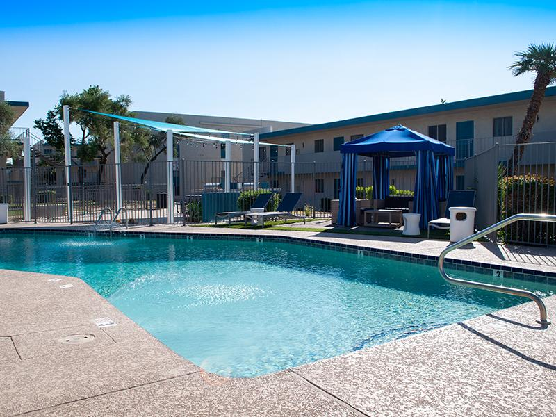 Swimming Pool | Avalon Apartments