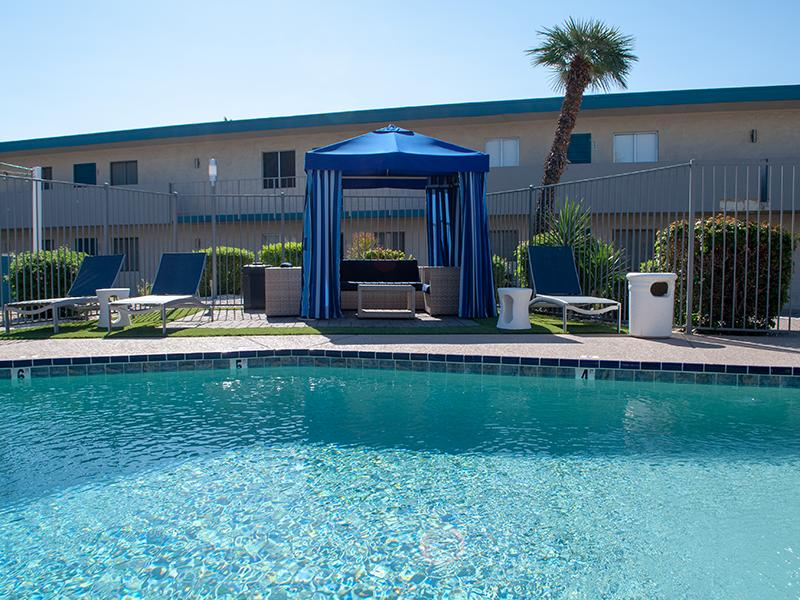 Pool | Avalon Apartments