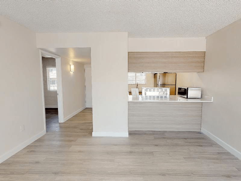 Kitchen | Avalon Apartments