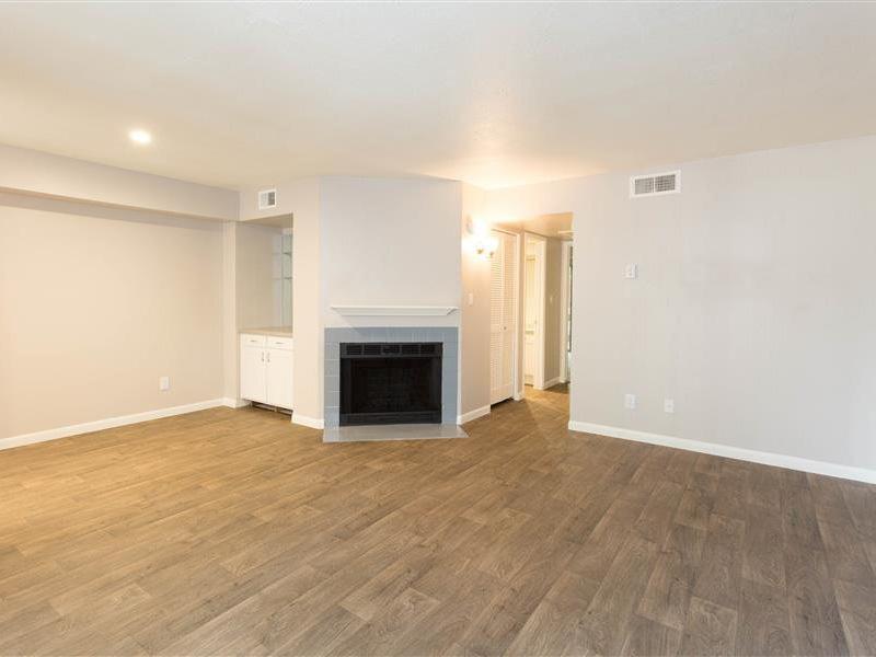 Living Room | The Maddox