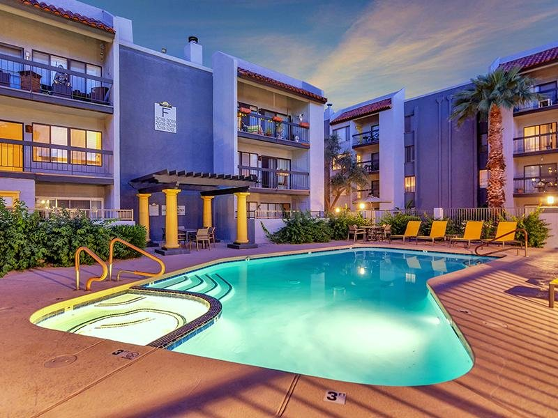 Pool | Midtown Flats in Phoenix, AZ