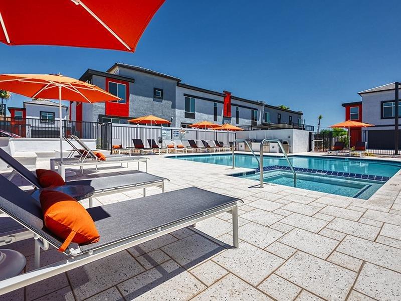 Poolside | Ara Residences in Phoenix, AZ