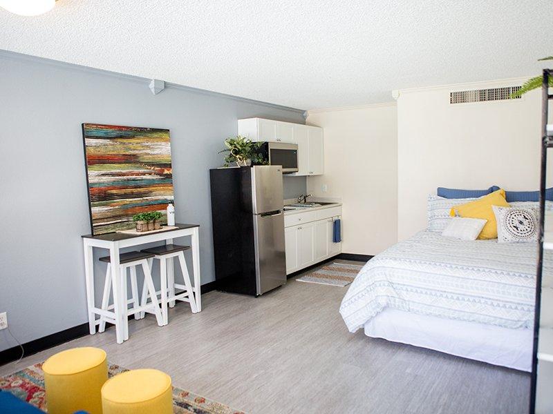 Model Apartment Interior | Vivo Mesa