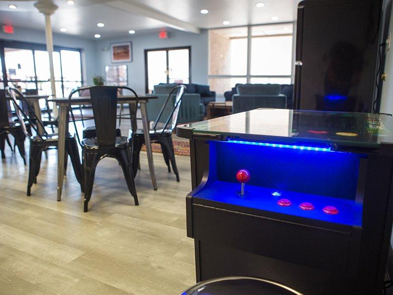 Game Room | Vivo Mesa
