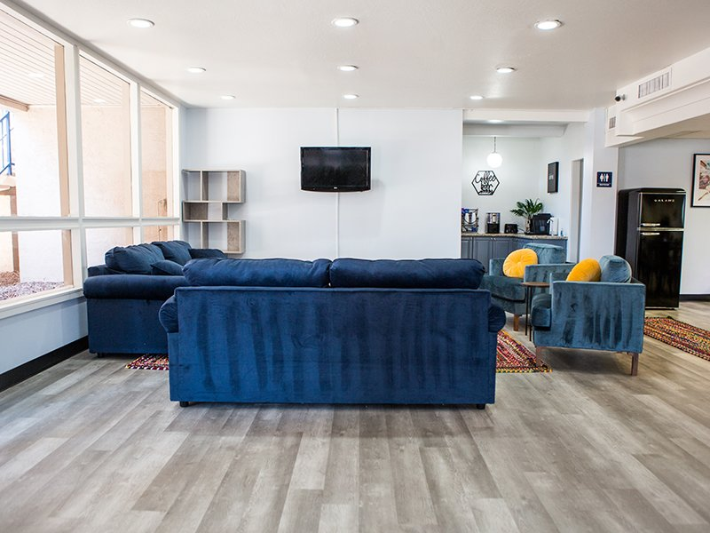 Clubhouse Interior | Vivo Mesa