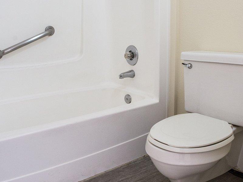 Bathroom | Vivo Mesa