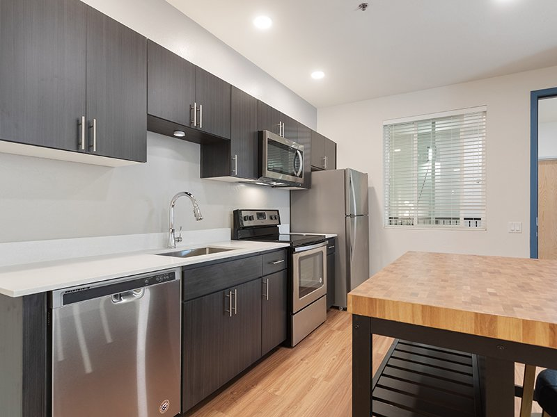 Stainless Steel Appliances | The Grayson on the Rail