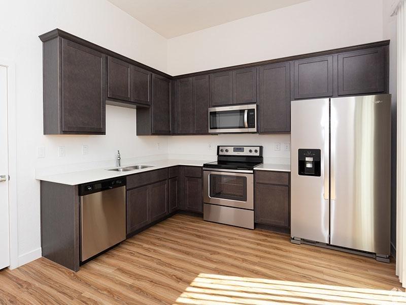 Stainless Steel Appliances | Hampton East