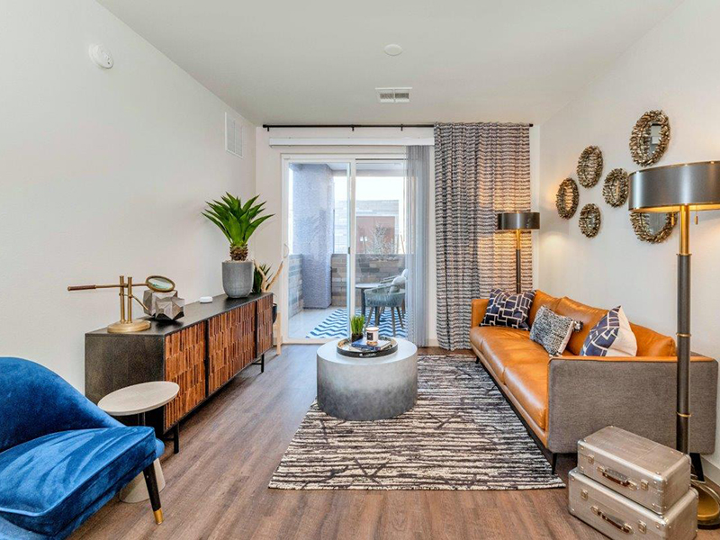 Living Room | Grayson Place Apartments in Goodyear, AZ