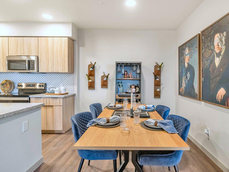 Dining Room | Grayson Place Apartments in Goodyear, AZ