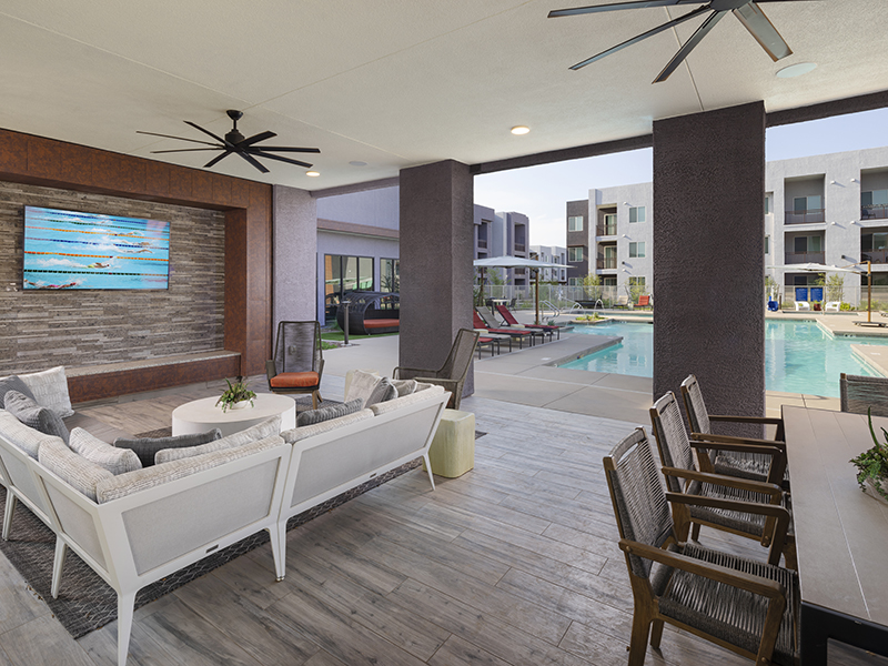 Outdoor Seating | Grayson Place Apartments in Goodyear, AZ